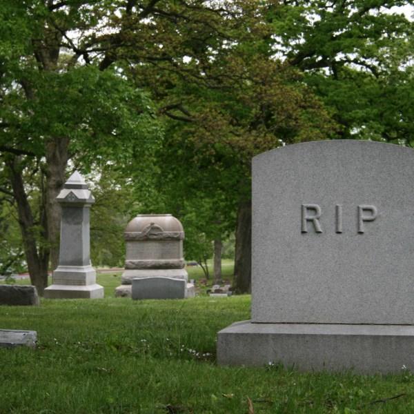 istock-cemetery_1521121871891.jpg
