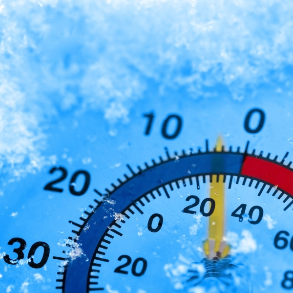 Frozen thermometer_1521137753820