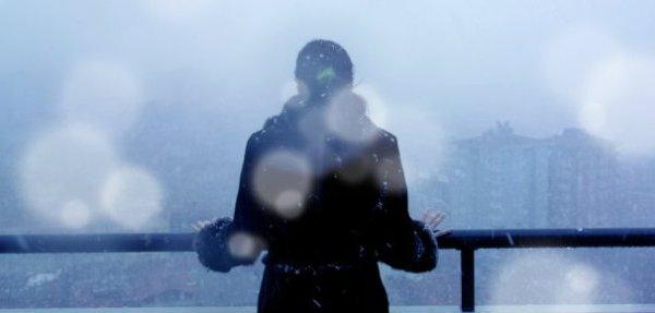istock-wintry-weather-woman_1521138365931.jpg