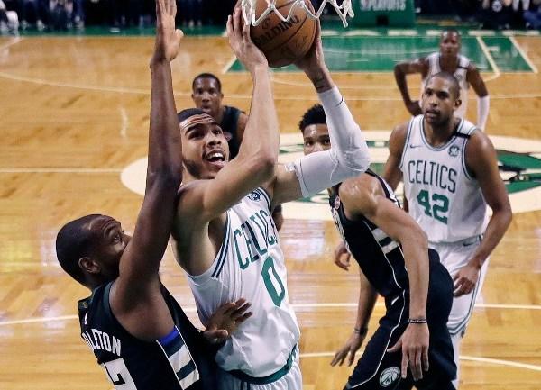 Celtics win_1524019910312.jpg.jpg