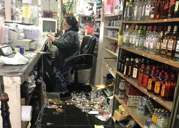 liquor store_1524836022135.jpg.jpg