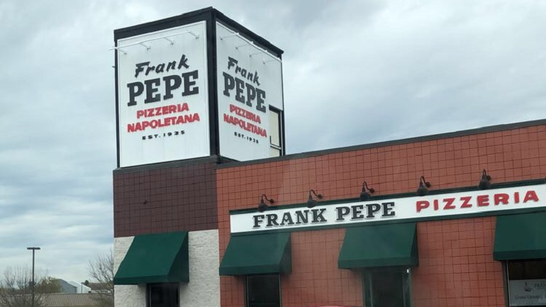 frank pepe pizza warwick_1525718271462.jpeg.jpg