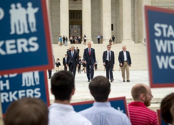 Supreme Court_1530116764740