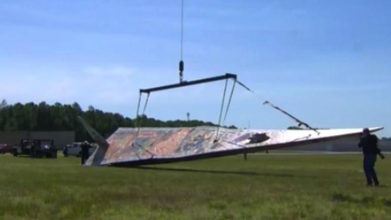 largest paper airplane_1528851092530.jpg.jpg