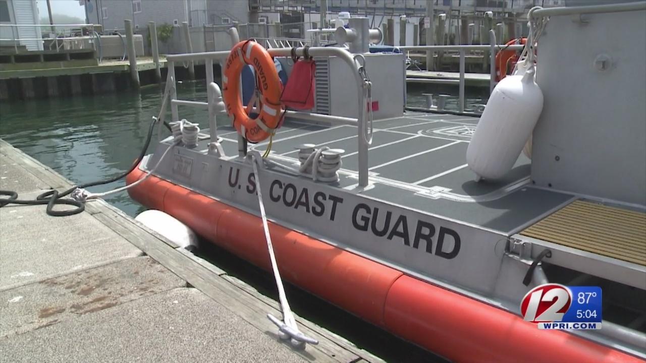 Coast_Guard_rescues_8_after_boat_hits_wa_0_20180705220412