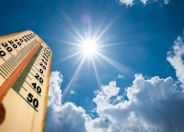 Sunny hot weather thermometer temperature istock