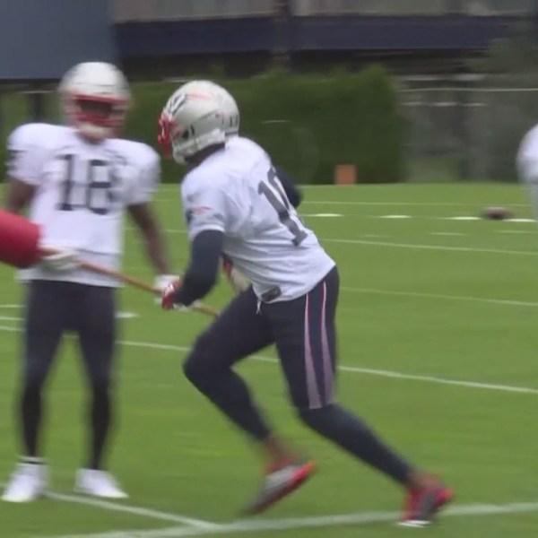 Josh Gordon joins the Patriots at practice