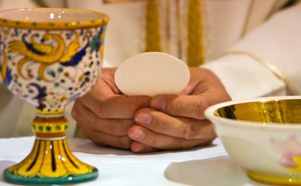 communion Eucharist catholic church_626126