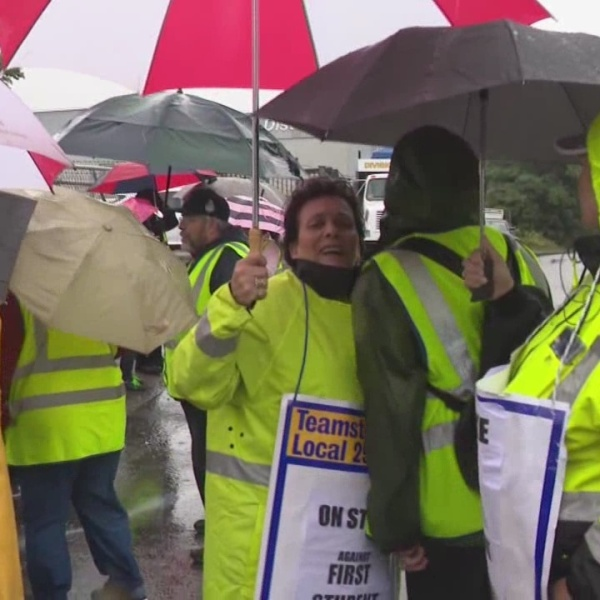 No meetings scheduled between bus drivers, First Student as strike continues