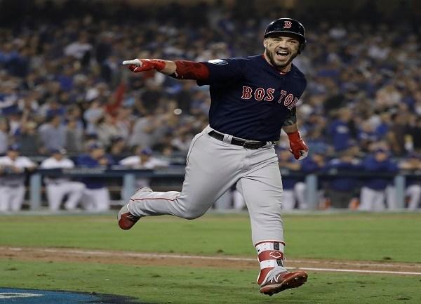 APTOPIX World Series Red Sox Dodgers Baseball_1540896193110