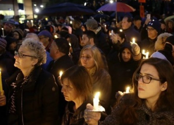 RI Jewish community coming together after Pittsburgh synagogue shooting