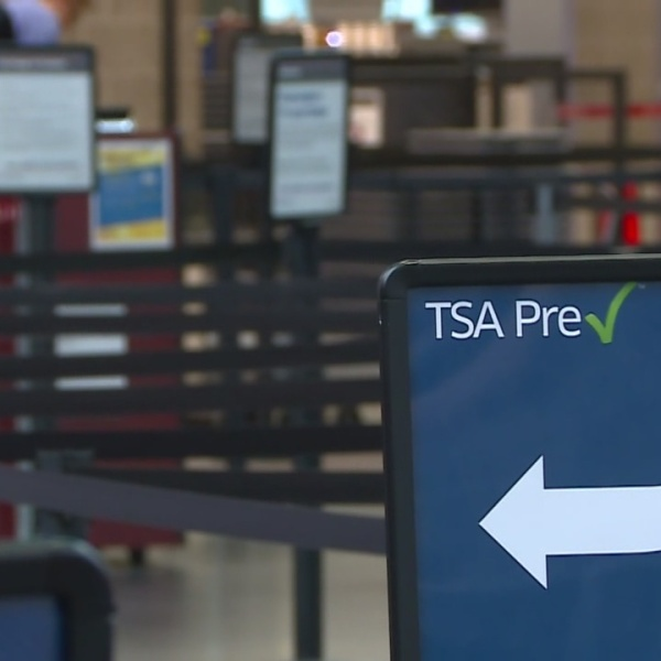 AAA: Thanksgiving air travel up 5% this year
