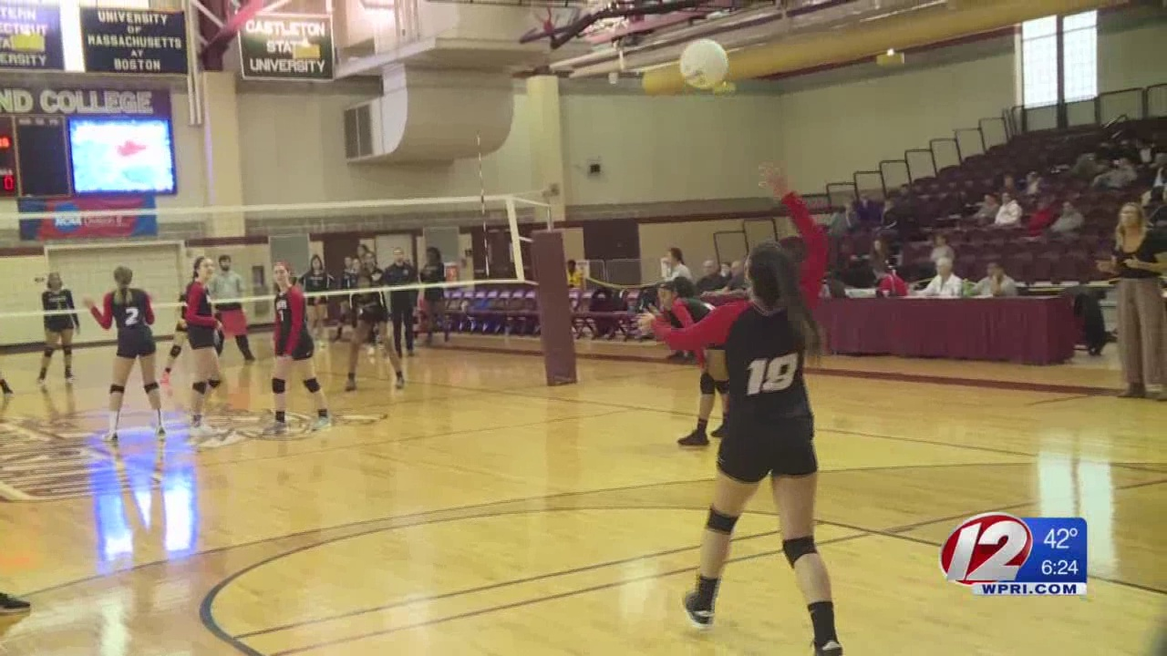 Rogers_volleyball_defeats_St__Ray_s_in_D_0_20181117235917