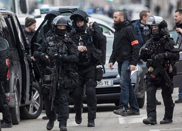 APTOPIX France Attack_1544740002626