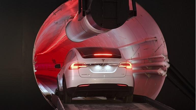 Elon Musk unveils underground tunnel