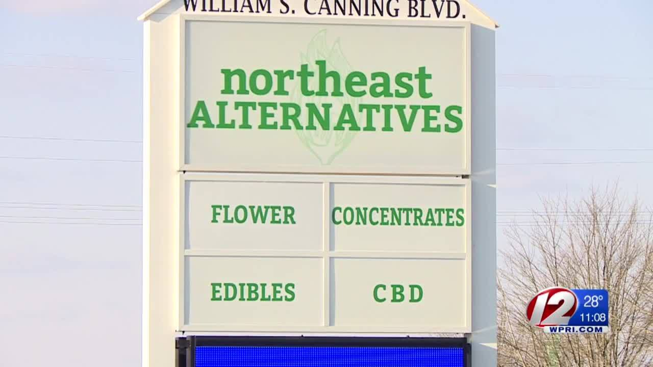 Fall River pot shop gets final approval to open