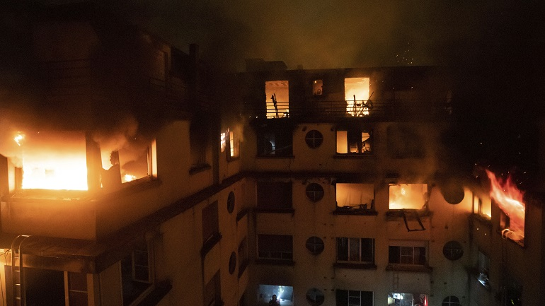 France Fire_1549365402875