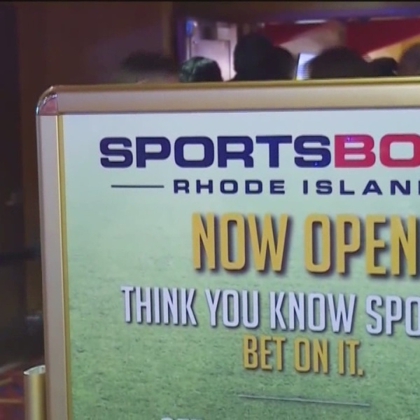 Lawmakers weigh expanding sports betting to mobile devices