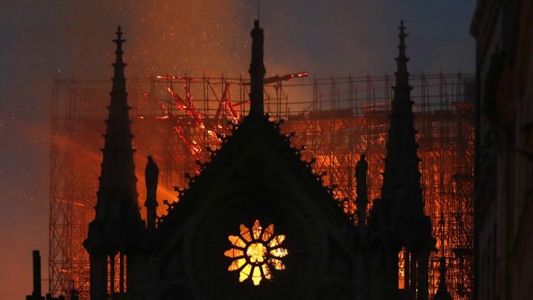 Notre Dame AP_1555362430761.jpg.jpg
