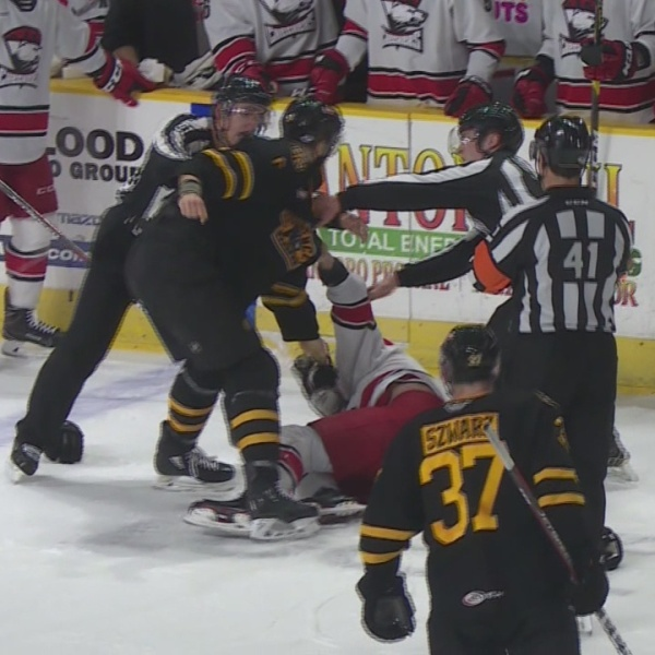 Providence_Bruins_drop_game_one_5_4_to_C_0_20190421025647