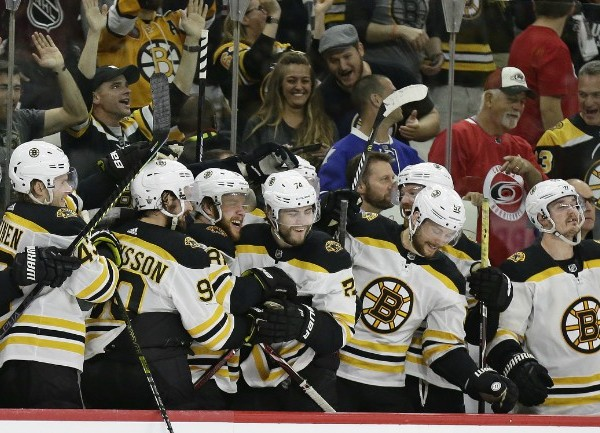 Bruins celebrate_1558133892515.jpg.jpg