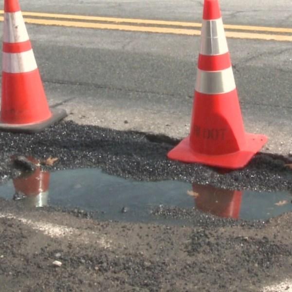 RIDOT_fixing_Smithfield_pothole_that_dam_0_20190225225923