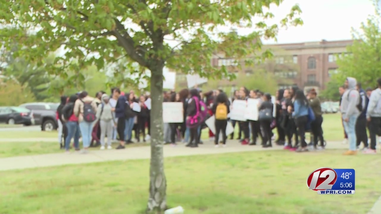 Students walk out of class in support of accused teacher