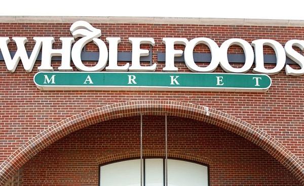 Whole Foods store sign_625498