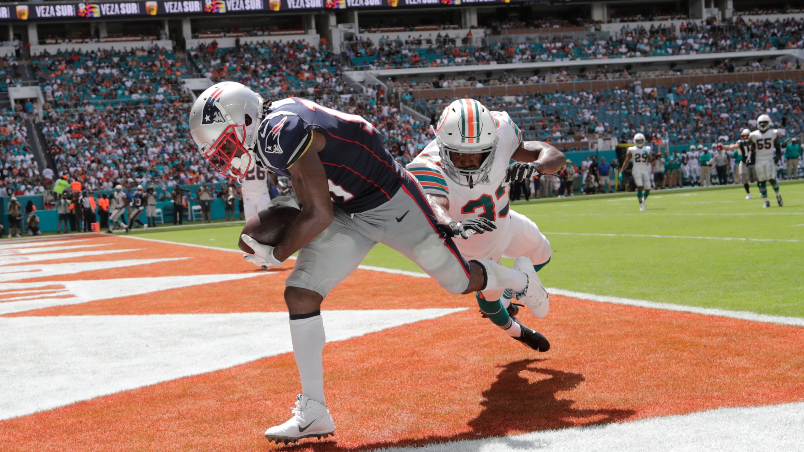 reputable site e5d49 ecfb0 Patriots 'squish' Dolphins 43-0 | WPRI.com