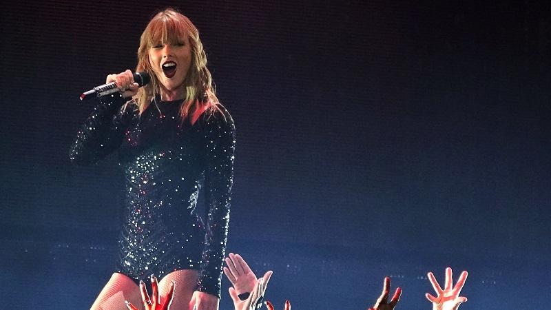 Taylor Swift Announces 2020 Tour Gillette 1 Of Only 2 Us Stops Wpri Com