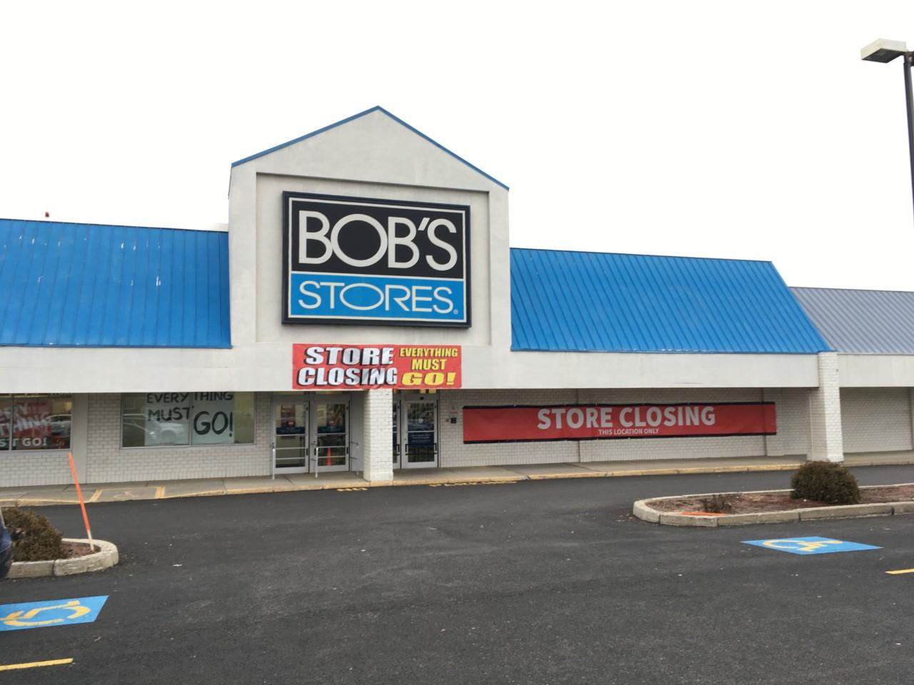 Bob's Stores in Seekonk set to close