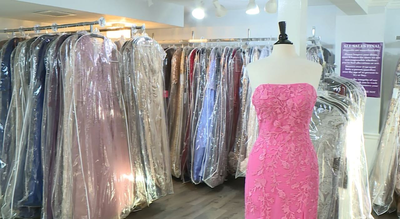 RI teens waste no time dress shopping after learning proms will be possible this year